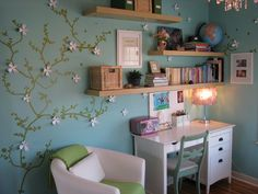 LOVE the tree decal with push pin flowers!!!! So doing this for Ava's room or my Japanese-theme room one day!