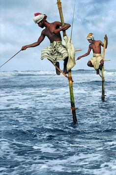 Weligama Fishermen, Sri Lanka 1995 photo by Steve McCurry