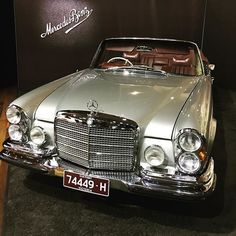 The Mercedes Benz unrestored. : The Mercedes Benz unrestored. Mercedes Auto, Mercedes Maybach, Mercedes Classic Cars, Old Mercedes, Mercedes Models, M Benz, Automobile, Mercedez Benz, Cabriolet