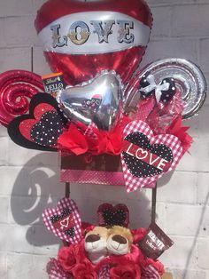 Valentines Baking, Valentine Treats, Valentines Diy, Valentine Baskets, Easter Baskets, Birthday Gifts, Happy Birthday, Balloon Decorations Party, Candy Bouquet