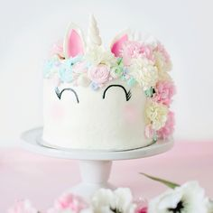 Unicorn Cake - The Party Parade