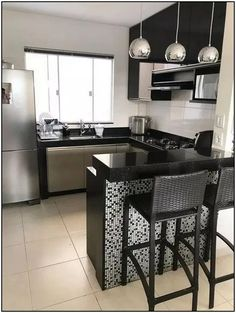 """For a small kitchen """"spacious"""" it is above all a kitchen layout I or U kitchen layout according to the configuration of the space. Kitchen Room Design, Modern Kitchen Design, Home Decor Kitchen, Kitchen Furniture, Interior Design Living Room, Home Kitchens, Small Kitchens, Kitchen Designs, Diy Kitchen"""