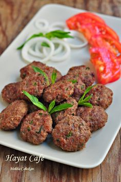 Kuru Köfte Tarifi – Hayat Cafe Kolay Yemek Tarifleri – Kolay yemekler – The Most Practical and Easy Recipes Kebab Recipes, Beef Recipes, Cooking Recipes, Meatloaf Recipes, Meatball Recipes, Easy Dinner Recipes, Easy Meals, Easy Recipes, Turkish Recipes