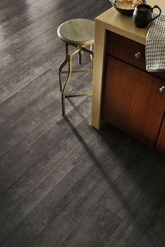 Very relaxed feel to it. Laminate Flooring, Hardwood Floors, Flooring Ideas, Living Room Green, Floor Colors, Painted Floors, Floor Decor, Modern Design, Little Houses