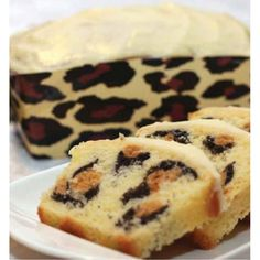 Leopard Print Cake....cake & leopard print.....you know it's good!  It's not that healthy but it's eye candy.