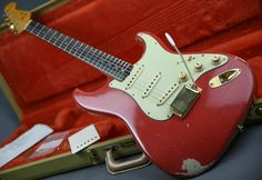 RARE! Fender Stratocaster 1962 Fiesta Red - Played by Jerry Donahue!