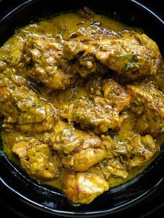 Black pepper chicken marinated in Yoghurt-spice. a fragrant chicken curry dish with a deeply satisfying gravy so thick , a second serve is a must.