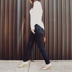 Un paso a la vez  #Fashion #blog #aboutfits #minimal  Recuerden ver los looks de la semana 2 del #RETO37 (link en la bio) #taptap