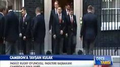 İngiltere Başbakan'ı David Cameron'a Fotoğraf çekiminde tavşan kulak şakası | yurttan ve dünyadan haberler ve teknoloji videoları blogu denk gelirse