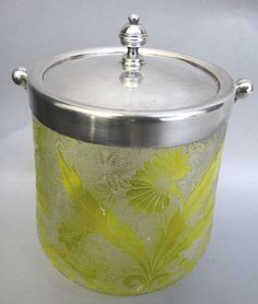 US $400.00 in Antiques, Decorative Arts, Glass