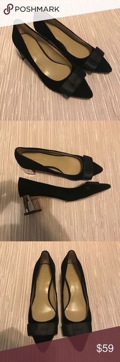 4920fd63072c ANN TAYLOR 6 Jolene Slip On Pumps Womens THESE SHOES HAVE NEVER BEEN USED   No