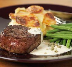 Mitä pihvin paistamisessa on hyvä tietää? Milloin pihvi on mehevimmillään? Lue ruokavinkkimme ja reseptimme, ja nauti hyvistä mauista!  Laadukkaat pihvit ja ainekset maistuviin aterioihin saat lähimmästä K-ruokakaupastasi. Lisää neuvoja ja vinkkejä saat K-ruokakauppiaaltasi.