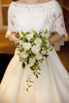 ウェディングドレス アレンジ - Rain Tutorial and Ideas Modest Wedding Dresses, Bridal Dresses, Flower Girl Dresses, Bridesmaid Dresses, Bridal Veils, Wedding Cape, Wedding Suits, Wedding Gowns, Wedding Flowers