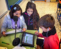 Un blog fantástico en Güevéjar: Radio http://unblogfantasticoenguevejar.blogspot.com.es/search/label/Radio#.VIgcqzGG_XQ