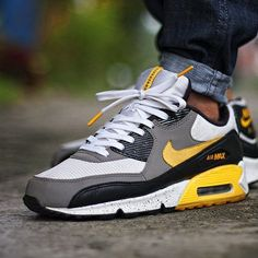 Chubster favourite ! - Coup de cœur du Chubster ! - shoes for men - chaussures pour homme - sneakers - boots - sneakershead - yeezy - sneakerspics - solecollector -sneakerslegends - sneakershoes - sneakershouts -  Nike Air Max 90 Livestrong