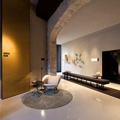 Caro Hotel   Minimalistic Design and Historical Decor