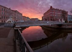 Bridge of Four Lions (1825-26), St Petersburg - The pedestrian bridge spans across Griboedov Canal connecting L'vinyi Drive to Malaya Podyacheskaya Street. The bridge is crowned with 4 lions, from where the the was given, with cables emerging from the mouths of the lions suspending the bridge.