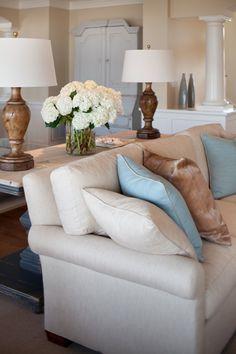Sofa table & lamps