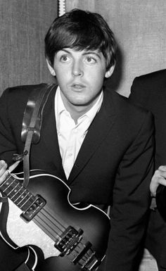 Imagine traveling to London and meeting a young McCartney look a like? Would you fall in love? If you like romance read about it here @ https://www.amazon.com/dp/B075PF9D67