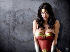 Wonder Woman cosplay wallpaper