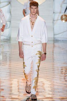 Versace - Men Fashion Spring Summer 2015 - Shows - Vogue.it