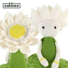 Ravelry: Water Lily Winnie flower doll pattern by Zabbez / Bas den Braver
