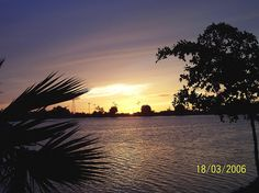 Atardecer en la Laguna Nainari Nainari Lagoon