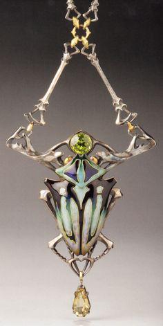 An Art Nouveau gold, silver, citrine and peridot 'Stag Beetle' necklace, by Lucien Gaillard, Paris, circa 1905. Source: Wolfgang Glüber, Jugendstilschmuck