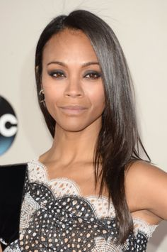 A simple tutorial for Zoe Saldana's American Music Awards Hairstyle