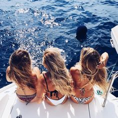 Summer Vibes :: Beach :: Friends :: Adventure :: Sun :: Salty Fun :: Blue Water :: Paradise :: Bikinis :: Boho Style :: Fashion + Outfits :: Free your Wild + see more Untamed Summertime Inspiration /untamedorganica/