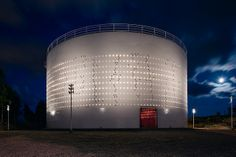 Oil Silo 468 Exterior View | Flickr - Photo Sharing!