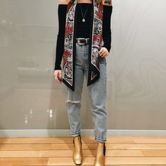 Personal shoppers add some retro styling to their look with skinny scarves and metallic leather ankle boots. #Topshop
