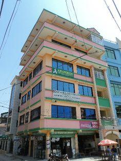 अनामनगर, काठमाडौँमा घर किन्न चाहनु हुन्छ भने घर जग्गा नेपालको वेबसाइट  http://www.gharjagganepal.com/anamnagar/search.html हेर्नु होला /
