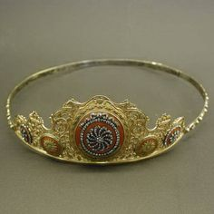 Classical 18th Century Tiara, Ca. 1770, France, 18K red gold and silver in the silver on gold technique. The ornaments are enameled in a orange color. Several ornaments around the tiara are set with rose cut diamonds. Height 4.76 cm (1.87 inch)