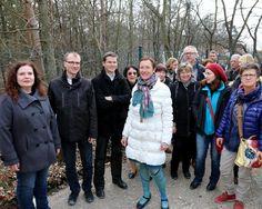 """In Erlangen-Tennenlohe gibt es neben der Flüchtlingsunterkunft """"Am Wetterkreuz"""" demnächst eine weitere Unterbringungsmöglichkeit im Weichselgarten für Neuankommende. """"Tennenlohe hilft"""" - mit diesem Slogan möchten viele Tennenloher den Ankommenden mit ehrenamtlicher Arbeit helfen und Sachspenden sammeln. #tennenlohe #hlstudios #HJKrieg http://www.tennenlohe-hilft.de"""