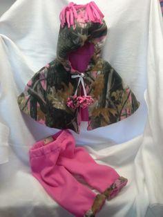 pink camo fleece poncho and pink fleece pants