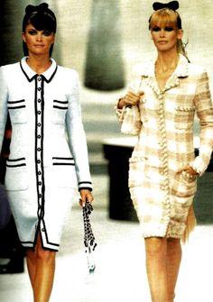 Fashion 90s, Chanel Fashion Show, Couture Fashion, Runway Fashion, High Fashion, Vintage Fashion, Fashion Outfits, Womens Fashion, Fashion Trends