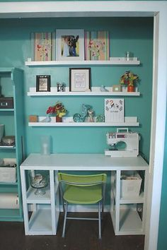 Create a home office in a spare closet I Love toile CLOFFICE