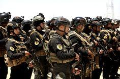 The force leading the Iraq army's fight against ISIS went from 'dirty division' to golden boys. Military Terms, Military Weapons, Military Operations, Military Pictures, Iraq War, Special Forces, Armed Forces, Afghanistan, Division