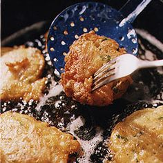 Bonacker-Style Clam Fritters by Saveur Clam Recipes, Seafood Recipes, Gourmet Recipes, Cooking Recipes, Healthy Recipes, Asian Recipes, Seafood Meals, Shellfish Recipes, Fish Dishes