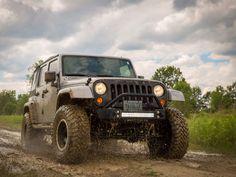 The JKU in action Jeep Wrangler Off-Road Instagram : @maybltr_jk