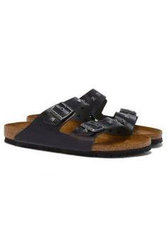 Birkenstock ARIZONA Sandale mit Nieten in Schwarz https://modasto.com/birkenstock/erkek-ayakkabi/br2464ct82 #erkek