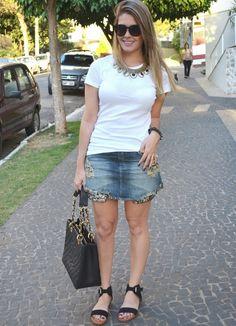 saia jeans com paetê e tshirt Le Lis Blanc | blog divadamoda.com.br