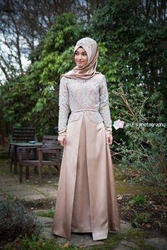 Hijab Fashion 2016/2017: Sélection de looks tendances spécial voilées Look Descreption Hijab is my Diamond !