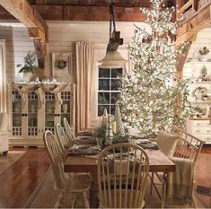 Christmas Dream Dining