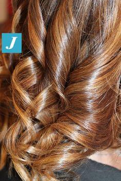 A noi piace mostrarvi i dettagli. #cdj #degradejoelle #tagliopuntearia #degradé #welovecdj #igers #naturalshades #hair #hairstyle #haircolour #haircut #fashion #longhair #style #hairfashion