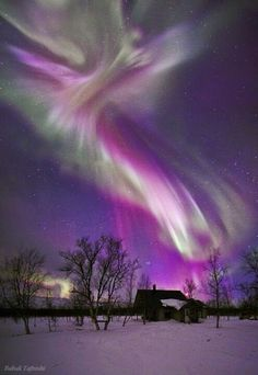 purple aurora borealis looks angelic to me! I want to see the aurora boreal again someday! All Nature, Science And Nature, Amazing Nature, Lappland, Natural Phenomena, To Infinity And Beyond, Beautiful Sky, Simply Beautiful, Night Skies