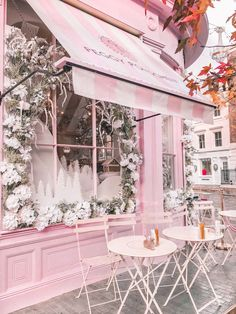 Peggy Porschen in London, England, UK Peggy Porschen in London, England, UK Collage Mural, Bedroom Wall Collage, Photo Wall Collage, Photo Collages, Photo Rose, Pink Photo, Wallpapers Rosa, Murs Roses, Images Murales