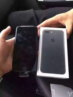 iphone 7 jet black unboxing 5