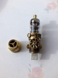 Флешка 1969 флешка с лампой, стимпанк флэшка, радиолампы, usb flash drive steampunk, usb stick, nixie, видео, длиннопост